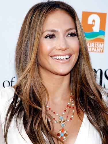Jennifer-Lopez_01_375x500_010707.jpg