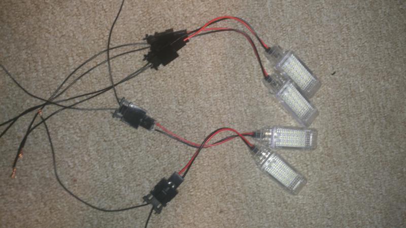 Instrukcja Podłączenie Oświetlenia Przestrzeni Na Nogi