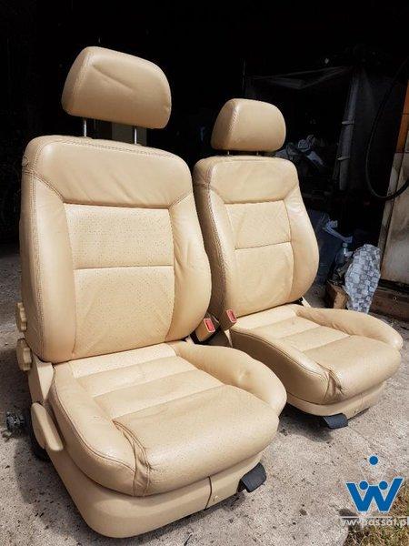 Komplet foteli Passat B5